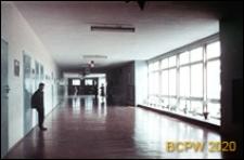 Szkoła 1000-lecia przy ulicy Witkiewicza, hall główny, Szczecin