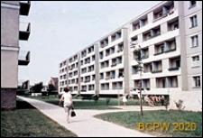 Osiedle Gajowice, budynki mieszkalne pięciokondygnacyjne z międzyblokowym wnętrzem, Wrocław