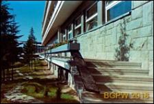 Dom wypoczynkowy Panorama, widok elewacji i schodów, Zakopane