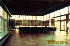 Pawilon wystawowy SARP przy ulicy Foksal, wnętrze sali wystawowej, Warszawa