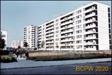 Osiedle mieszkaniowe Prototypów na Służewcu, widok ogólny zabudowy wysokiej, Warszawa