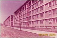 Osiedle mieszkaniowe Żoliborz Południowy, widok pięciokondygnacyjnych budynków mieszkalnych, Warszawa