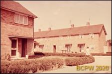 Zabudowa mieszkaniowa przy jednej z ulic miasta, Basildon, Anglia, Wielka Brytania