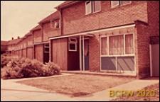Domki szeregowe jednopiętrowe, widok zewnętrzny, Basildon, Anglia, Wielka Brytania