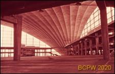 Centrum Nowych Technologii i Przemysłu CNIT, hala wystawowa, wnętrze, widok ogólny, Paryż, Francja