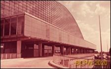 Centrum Nowych Technologii i Przemysłu CNIT, hala wystawowa, elewacja budynku, Paryż, Francja