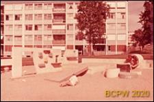 Osiedle mieszkaniowe Les Grandes Terres, plac zabaw dziecięcych, Paryż-Marly-le-Roi, Francja