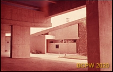 Miasteczko Uniwersyteckie, Dom Brazylijski, fragment podcieni, widok na budynek klubu, Paryż, Francja