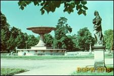 Ogród Saski, plac z fontanną i rzeźbami, Warszawa