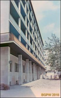 Śródmieście, bloki mieszkaniowe, elewacja budynku Krucza 19, Warszawa