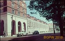 Aleja Wyzwolenia, widok od strony Placu Zbawiciela, Warszawa