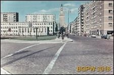 Osiedle mieszkaniowe Emilia, widok ogólny z rogu ulicy Złotej i Żelaznej, Warszawa