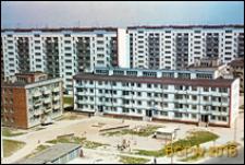 Osiedle mieszkaniowe Młociny, zabudowa mieszkaniowa z garażami, Warszawa