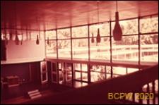 Szkoła pierwszego stopnia Bousfield Primary School, sala gimnastyczna, widok z antresoli, Londyn, Wielka Brytania