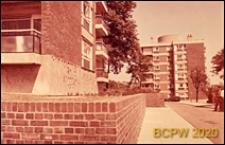 Osiedle mieszkaniowe Derby Hill Estate, fragment zabudowy mieszkaniowej, Londyn, Wielka Brytania
