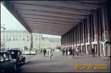 Dworzec kolejowy Termini, podcień budynku, Rzym, Włochy