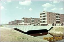 Osiedle mieszkaniowe w dzielnicy Slotervaart w zachodniej części miasta, zabudowa mieszkaniowa, Amsterdam, Niderlandy