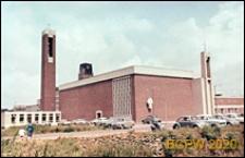 Kościół św. Dominika z dzwonnicą wolnostojącą, widok zewnętrzny, Rotterdam, Niderlandy