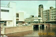 Śródmieście, fragment zabudowy nad kanałem, Rotterdam, Niderlandy
