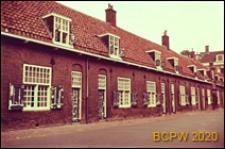 Domy rencistów w zabudowie szeregowej, widok zewnętrzny, Utrecht, Niderlandy