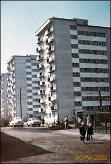 Osiedle Bronowice, dziesięciokondygnacyjne bloki mieszkalne, widok ogólny, Kraków