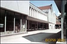 Rynek Starego Miasta, nowa zabudowa, pawilon Biura Wystaw Artystycznych (BWA), Poznań