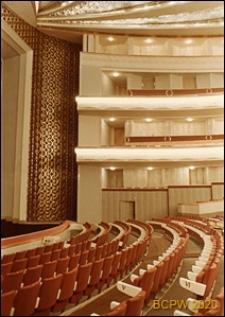 Teatr Wielki Opery i Baletu, widok wnętrza, sala teatralna, rzędy foteli i balkony, Warszawa