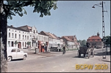 Rynek, widok ogólny ze stacją benzynową, Kurnik