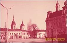 Rynek, widok ogólny z zabudowaniami, w kierunku kościoła pw. Św. Małgorzaty, Nowy Sącz
