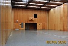 Uniwersytecka sala sportowa, widok wnętrza sali ze ścianami żaluzjowymi, Oslo, Norwegia