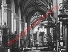 Bazylika archikatedralna Wniebowzięcia Najświętszej Maryi Panny i św. Andrzeja. Wnętrze. Nawa główna. Widok z przed 1939 roku. Frombork