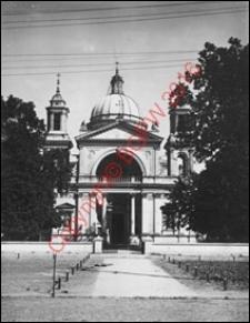 Kościół pw. św. Anny w Wilanowie. Widok od strony fasady frontowej z przed 1939 roku. Warszawa