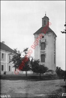 Dzwonnica przy kościele św. Trójcy. Widok z przed 1939 roku. Janów Podlaski