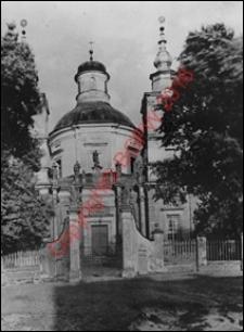Kolegiata św. Józefa. Widok od strony frontowej z przed 1939 roku. Klimontów