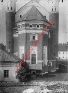 Cerkiew obronna Zwiastowania NMP. Widok od strony absydy z przed 1939 roku. Supraśl