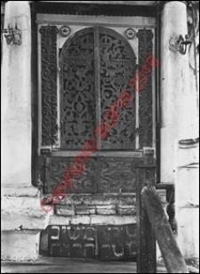 Bóżnica. Wnętrze. Szafa na rodały. Widok z przed 1939 roku. Tykocin