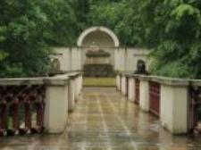 Pomnik-sarkofag Natalii z Potockich w Parku w Natolinie