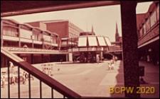 Centrum miasta, widok na kawiarnię, Coventry, Anglia, Wielka Brytania