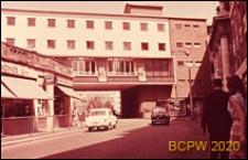 Centrum miasta, zabudowa mieszkaniowa, widok od strony ulicy, Coventry, Anglia, Wielka Brytania