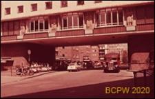 Centrum miasta, zabudowa mieszkaniowa, fragment elewacji budynku, Coventry, Anglia, Wielka Brytania
