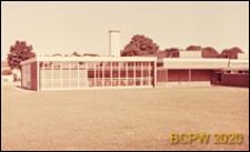 Szkoła zawodowa Crawley College, fragment zaplecza, Crawley, Anglia, Wielka Brytania