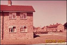 Zabudowa mieszkaniowa jednopiętrowa, Crawley, Anglia, Wielka Brytania