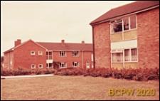 Zabudowa mieszkaniowa, ogród przy domu, Harlow, Anglia, Wielka Brytania