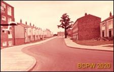 Domy mieszkalne, widok zewnętrzny, ulica osiedlowa, Harlow, Anglia, Wielka Brytania