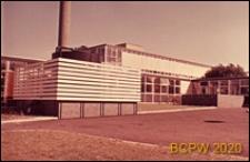 Szkoła II stopnia dla dziewcząt, fragment zaplecza, Hatfield, Anglia, Wielka Brytania