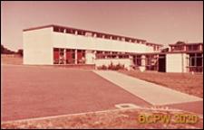 Szkoła I stopnia, lewe boczne skrzydło budynku, Hatfield, Anglia, Wielka Brytania