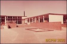 Szkoła I stopnia, prawe boczne skrzydło budynku, Hatfield, Anglia, Wielka Brytania