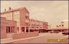 """Ośrodek sklepowy oraz pub """"Gade & Goose"""", Hemel Hempstead, Anglia, Wielka Brytania"""