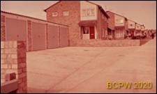 Domy mieszkalne jednopiętrowe w zabudowie szeregowej, garaże, Stevenage, Anglia, Wielka Brytania