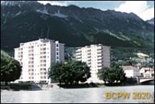 Wieżowce mieszkalne w krajobrazie, Insbruck, Austria